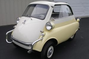 195820bmw20isetta 304 e1610821251382 - lane classic cars