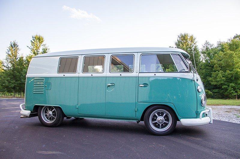 196320Volkswagen20Standard20Bus-378