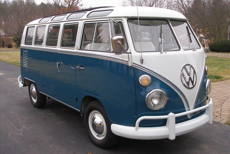 196620Volkswagen202320Window20Bus-485