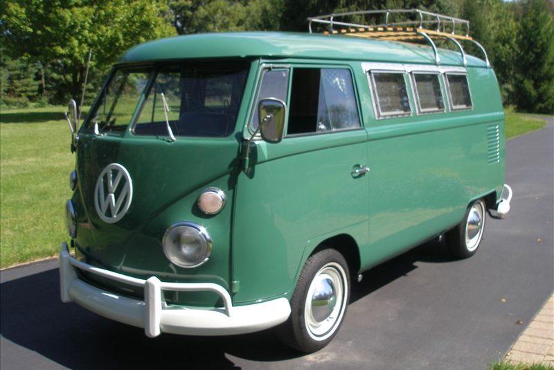 196620Volkswagen20Bus20Sundial20Camper-588